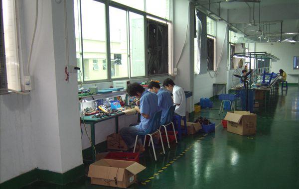 手机充电器批发,电子充电器生产,数据线定制.